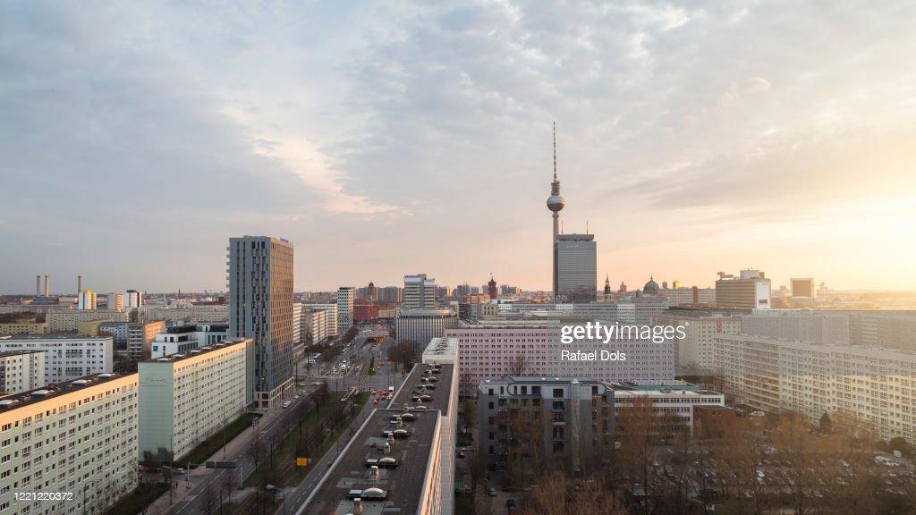 Berlin skyline with TV tower at sunset : ストックフォト