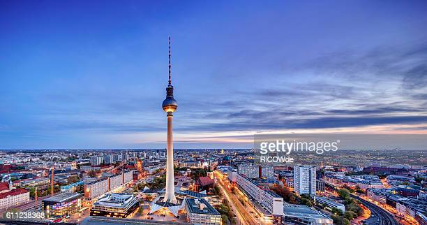 berlin tv tower at sunset - television tower berlin stock pictures, royalty-free photos & images