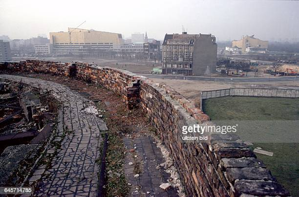 view from the ruins of Haus Vaterland across the Potsdamer Platz in the background from left the new State Library Weinhaus Huth and the Philharmonie