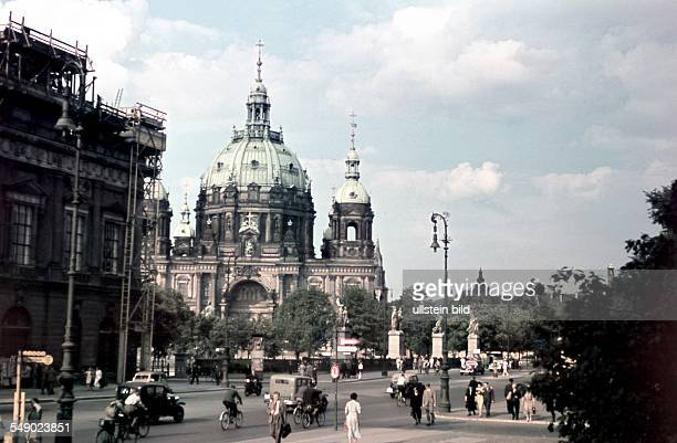 Berlin view from ''Zeughaus square' to the Schlossbruecke and the cathedral 1939