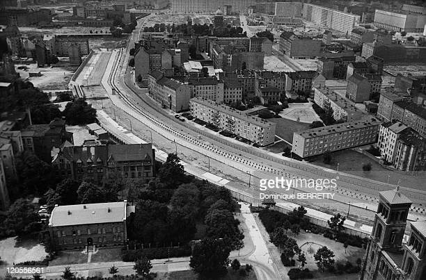 Berlin wall aerial view at right East Berlin at left West Berlin in Germany in the 1960s