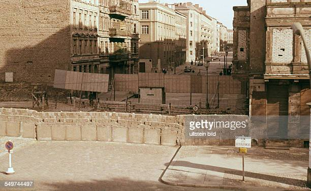 Berlin wall in Bernauer Strasse barring the access to the bordering Wolliner Strasse in East Berlin August 1961