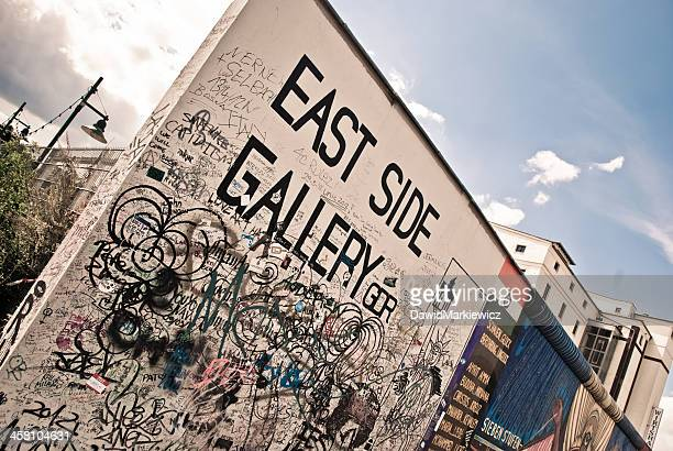 berlin wall - east stock pictures, royalty-free photos & images