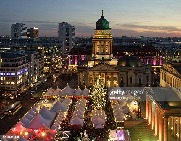 Berlin Weihnachtsmarkt Weihnachtszauber auf dem Gendarmenmarkt