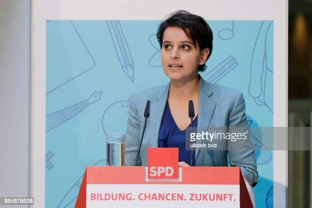Berlin Willy_Brandt_Haus SPDBildungskongress mit Sigmar Gabriel und der französischen Bildungsministerin Najat VallaudBelkacem Foto französischen...