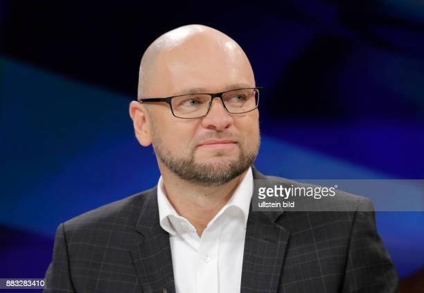 Berlin ZDF PolitTalk 'Maybrit_Illner' Thema Union der Egoisten Europas Einheit in Gefahr Foto Richard Sulik Mitglied des Europäischen Parlaments...