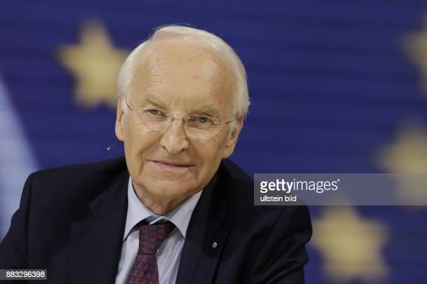 Berlin ZDF PolitTalk 'Maybrit_Illner' ThemaPlanlos nach dem Brexit Wie weiter in Europa Foto Edmund Stoiber Ehrenvorsitzender der CSU...