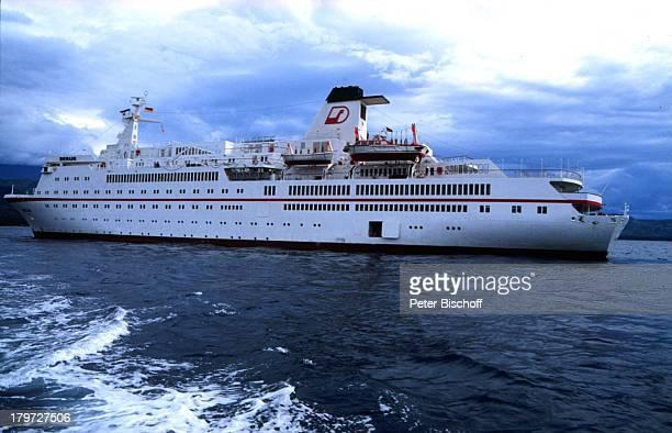 MS Berlin ZDFReihe Traumschiff Passagierschiff Kreuzfahrt Kreuzfahrtschiff Schiff Meer Wasser Reise