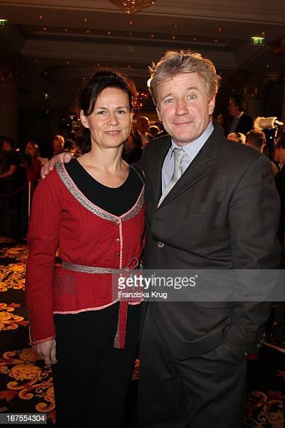 Schauspieler Jörg Schüttauf Und Ehefrau Martina Auf Dem Medienboard Empfang In Berlin