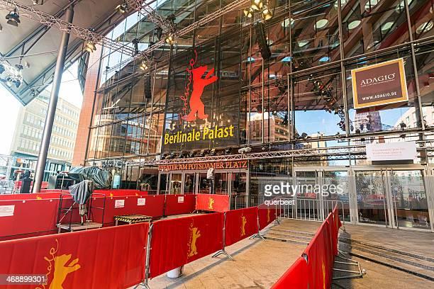 berlinale palast potsdamer platz - festival del cinema foto e immagini stock