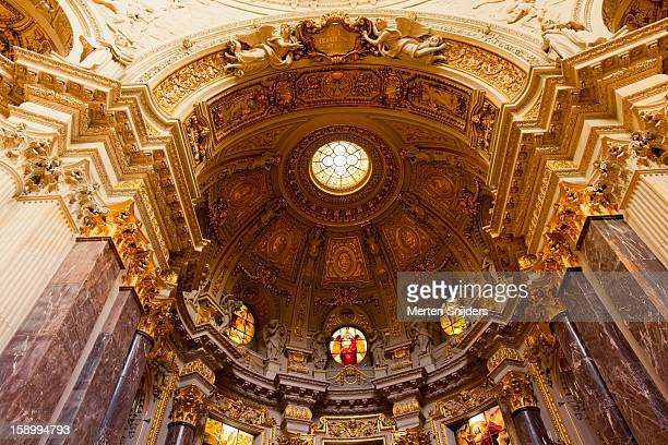 berliner dom church interior - merten snijders stock pictures, royalty-free photos & images