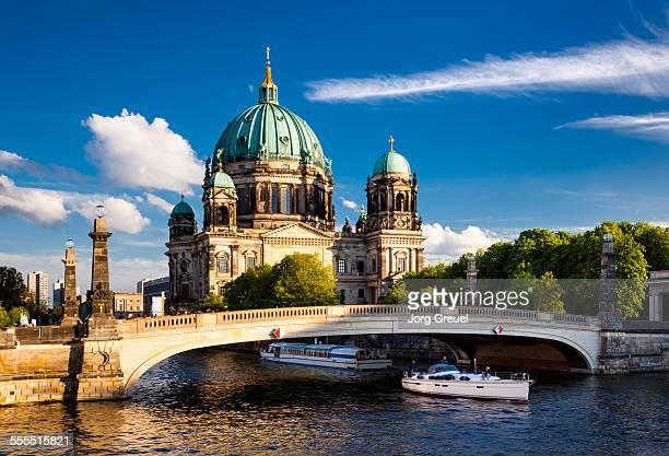 berliner dom - ベルリン大聖堂 ストックフォトと画像