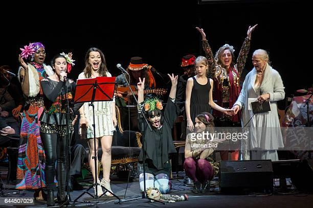 Berliner Ensemble Zum 60 Geburtstag NINA HAGEN Live in Concert interaktiver BRECHTLIEDERZURKLAMPFE Abend 100315
