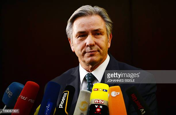 Berlin's mayor Klaus Wowereit attends a press conference on January 7, 2013 in Berlin.The opening of Berlin's new main airport has been postponed...