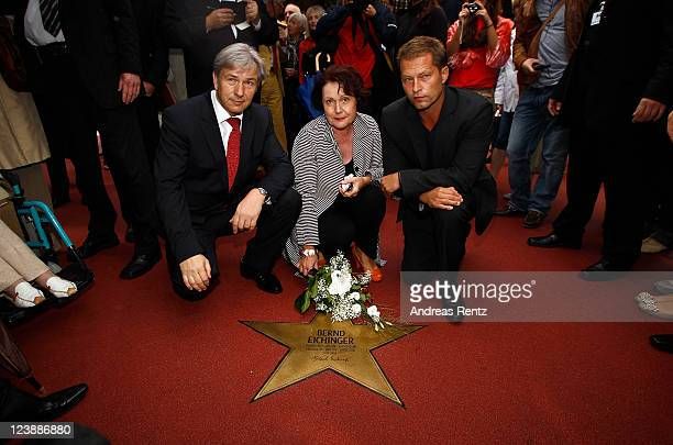 Berlin's mayor Klaus Wowereit Georgia Tornow and actor Til Schweiger attend a ceremony honoring German director Bernd Eichinger posthumous with a...