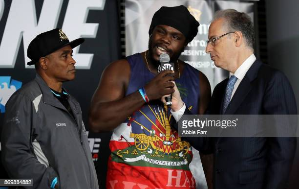 Bermane Stiverne talks trash to opponet Deontay Wilder during the official weigh in for the Heavyweight Championship of the World fight against...