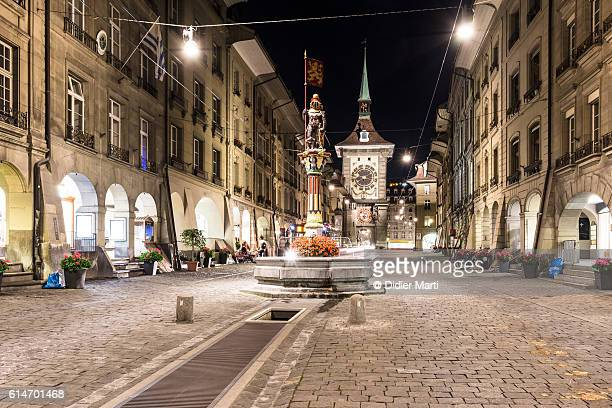 bern old town at night in switzerland capital city - ベルン ストックフォトと画像