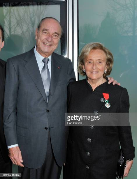 "Bernadette Chirac and Jacques Chirac attend Bernadette Chirac Receives the "" Legion d'Honneur "" at "" La maison de Solenn "" on March 18, 2009 in..."