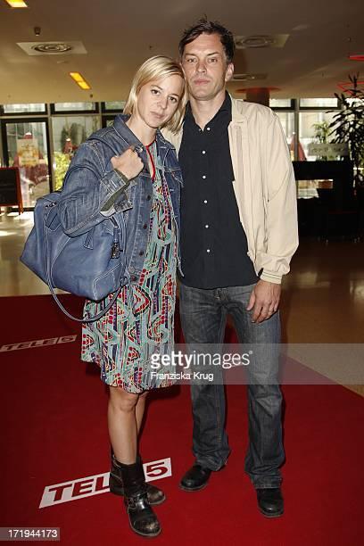 Bernadette Heerwagen Und Ole Puppe Bei Der Eröffnungsveranstaltung Filmfest München 2011 Im Mathäser Kino In München
