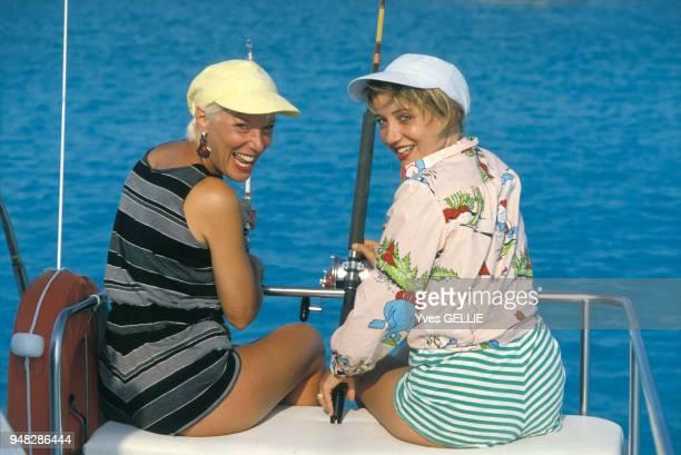 Bernadette Lafont et Pauline Lafont en avril 1988 Bahamas