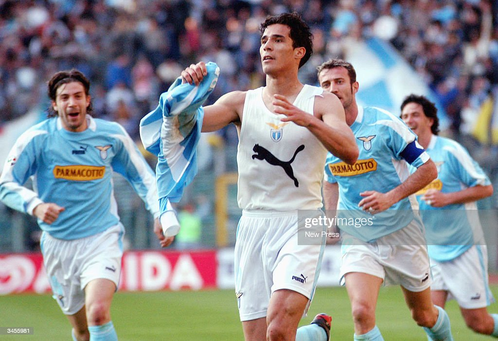 Bernado Corradi celebrates his goal during the Serie A match between Roma and Lazio on April 21, 2004 in Rome Italy. The match ended in a 1-1 draw. (Photo by Newpress/Getty Images).