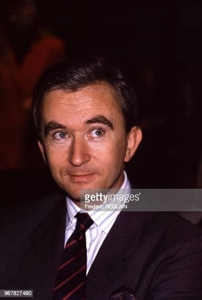 Bernard Arnault lors d'un défilé Dior à Paris le 19 octobre 1988 France