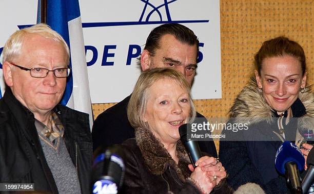 Bernard Cassez Charlotte Cassez Franck Berton and Florence Cassez attend a Press conference following Florence Cassez's release from prison in Mexico...