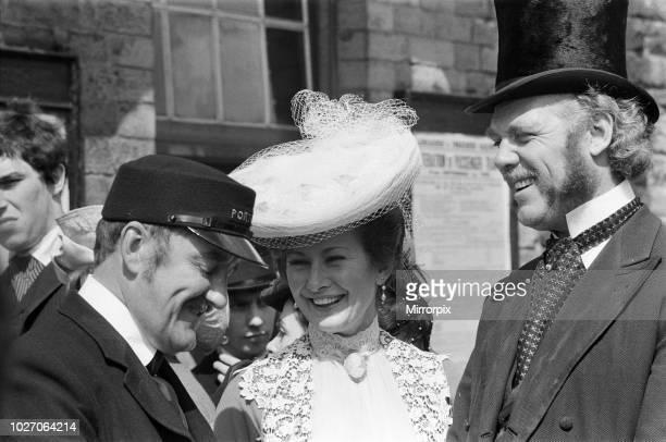 Bernard Cribbins and Dinah Sheridan on the set of 'The Railway Children' at Oakworth West Yorkshire 20th May 1970