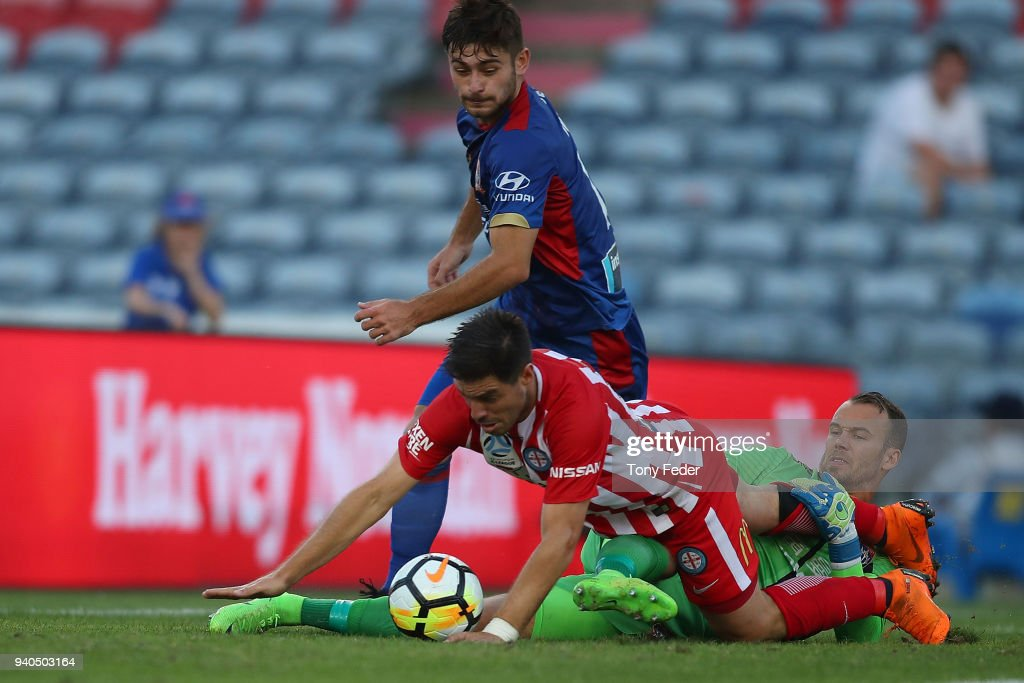 A-League Rd 25 - Newcastle v Melbourne : News Photo