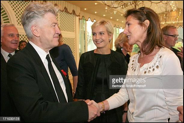Bernard Fournas David Lynch Melita Toscan Du Plantier and Cecilia Sarkozy Lunch organized by Cartier in honor of David Lynch at the Bristol hotel in...
