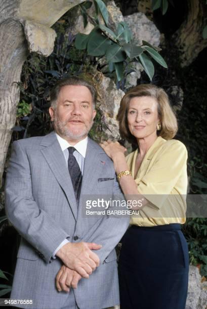 Bernard Fresson et Nicole Courcel lors du tournage du téléfilm 'La Milliardaire' en août 1990 en France