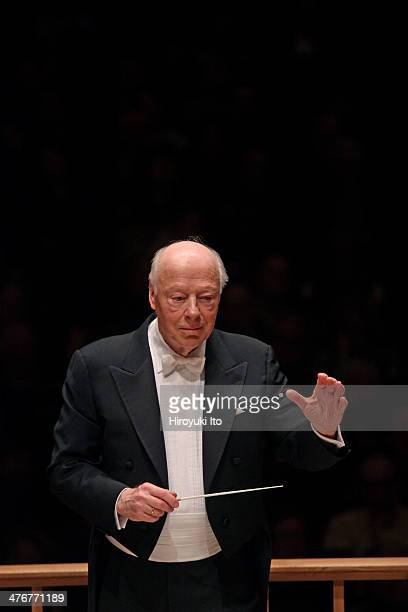 Bernard Haitink leading the Boston Symphony Orchestra and the Tanglewood Festival Chorus in Maurice Ravel's Daphnis et Chloe at Carnegie Hall on...