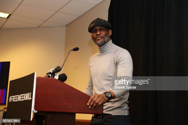 Bernard Hopkins attends Reform Bringing Injustice To Light at Irvine Auditorium on March 13 2018 in Philadelphia Pennsylvania