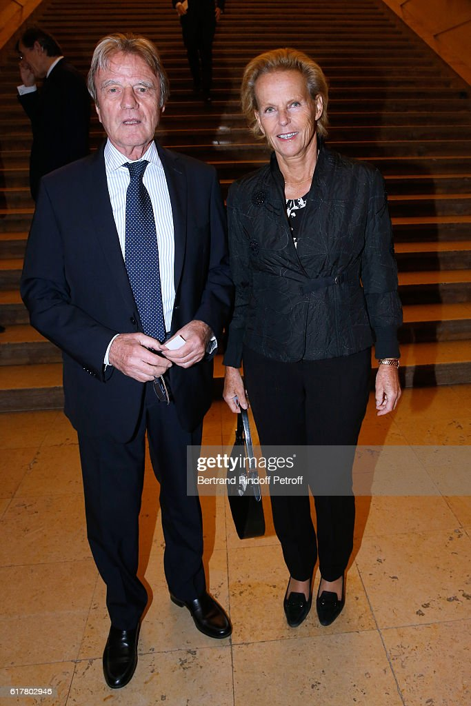 Bernard Kouchner and his wife Christine Ockrent attend the French-American Foundation : Dinner Gala at Palais de Chaillot on October 24, 2016 in Paris, France.