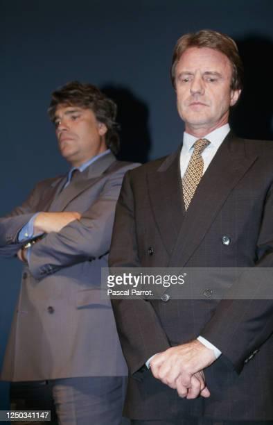 Bernard Kouchner venu soutenir Bernard Tapie pour le dernier meeting de campagne avant le 2ème tour