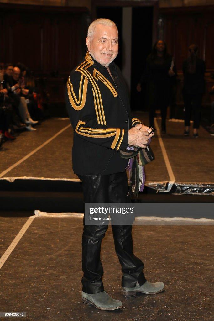 Julien Fournie : Front Row - Paris Fashion Week - Haute Couture Spring Summer 2018