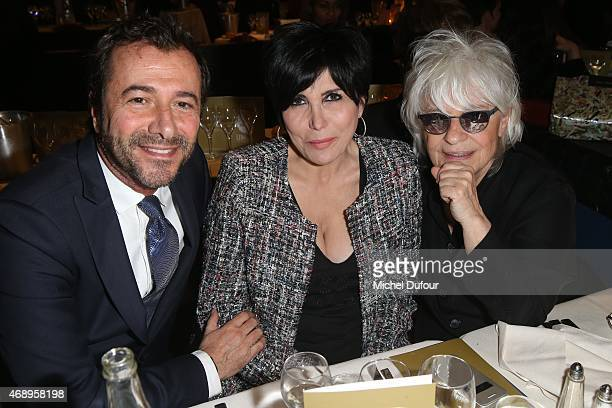 Bernard Montiel Liane Foly and Catherine Lara attend the Paris Merveilles' Lido New Revue The Show At Opening Gala In Paris at Le Lido on April 8...