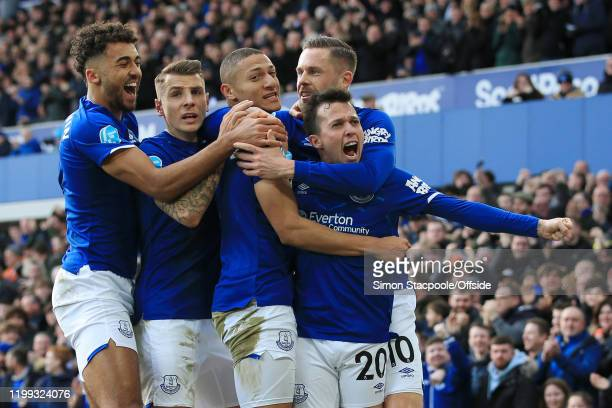Bernard of Everton celebrates with Dominic Calvert-Lewin of Everton , Lucas Digne of Everton , Richarlison of Everton and Gylfi Sigurdsson of Everton...