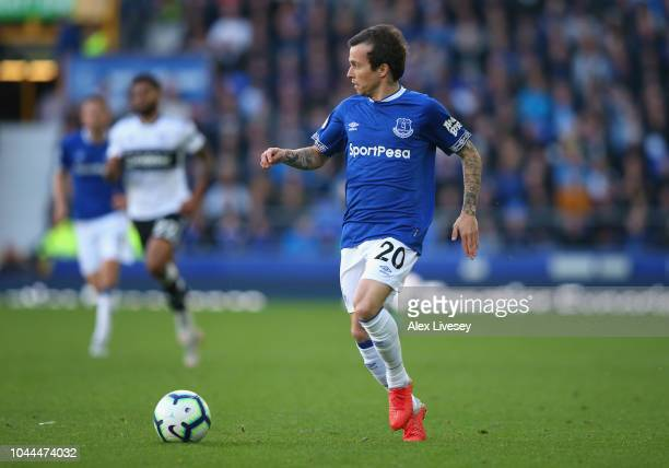 Bernard of Everton FC runs with the ball during the Premier League match between Everton FC and Fulham FC at Goodison Park on September 29 2018 in...