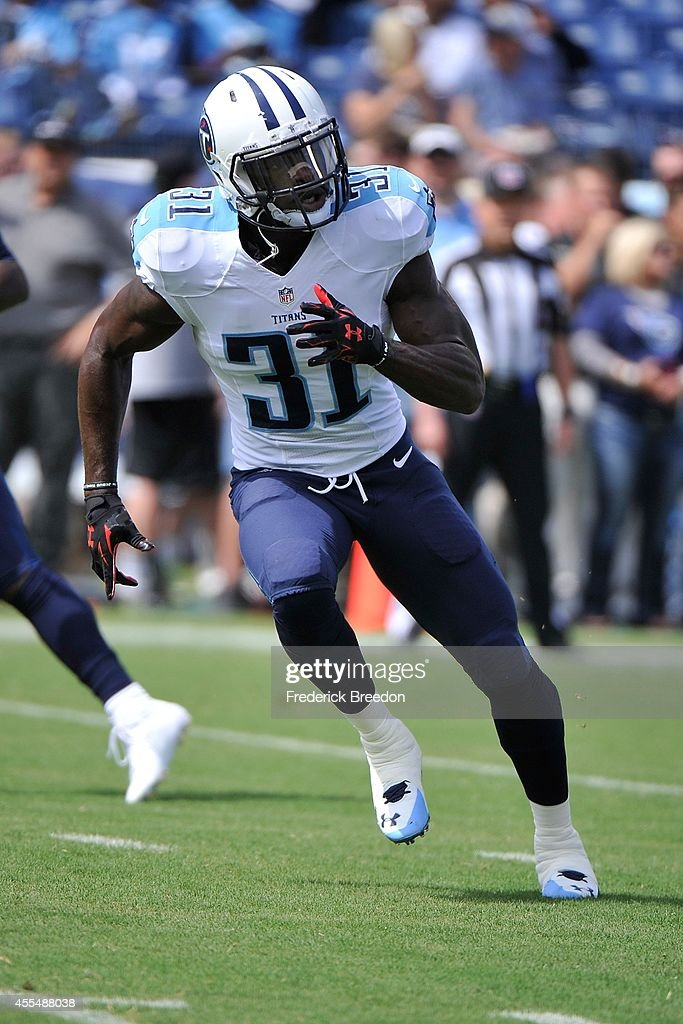 Bernard Pollard #31 of the Tennessee Titans warms up prior to a game against the Dallas Cowboys at LP Field on September 14, 2014 in Nashville, Tennessee.