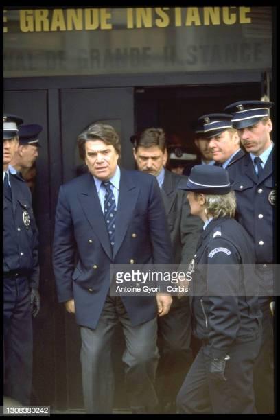 Bernard Tapie à la sortie du tribunal des grande instance de Valenciennes.