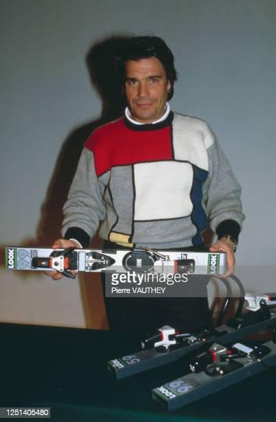 """Bernard Tapie présente un nouveau produit de sa marque """"Look"""", Les Arcs, 15 Janvier 1984"""