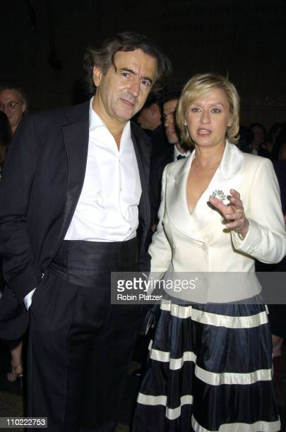 BernardHenri Levy and Tina Brown during The 2005 PEN Montblanc Literary Gala at The American Museum of Natural History in New York City New York...