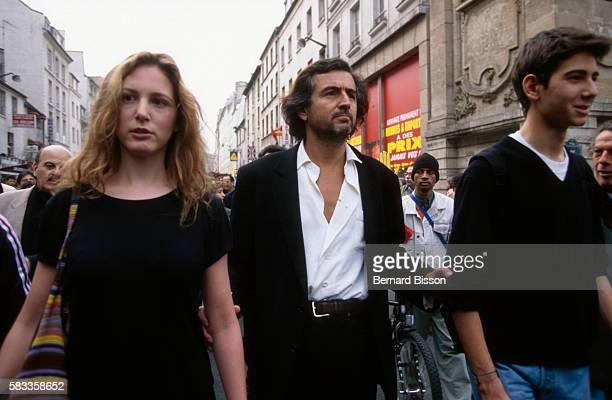 BernardHenri Levy with his children JustineJuliette et Antonin Balthazar