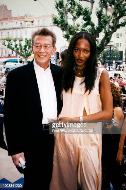 Bernardo Bertolucci et le top model Naomi Campbell le 18 mai 1998 à Cannes France