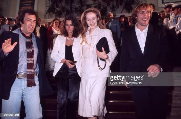 Bernardo Bertolucci Stefania Sandrelli Dominique Sanda et Gérard Depardieu lors du Festival de Cannes en mai 1976 France