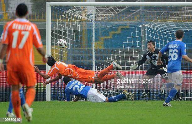 Bernardo Corradi of Udinese scores the opening goal during the Serie A match between Brescia Calcio and Udinese Calcio at Mario Rigamonti Stadium on...