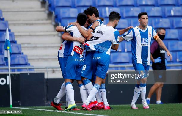 Bernardo Espinosa of RCD Espanyol celebrates with his team mates after scoring his team's first goal during the La Liga match between RCD Espanyol...