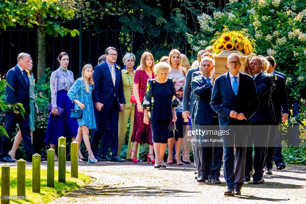 Funerals Of Princess Christina Of The Netherlands At Noordeinde Palace In Amsterdam : Nieuwsfoto's