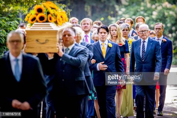 Bernardo Guillermo, Juliana Guillermo, Nicolas Guillermo, Princess Beatrix of The Netherlands, Princess Irene of The Netherlands, Princess Margriet...